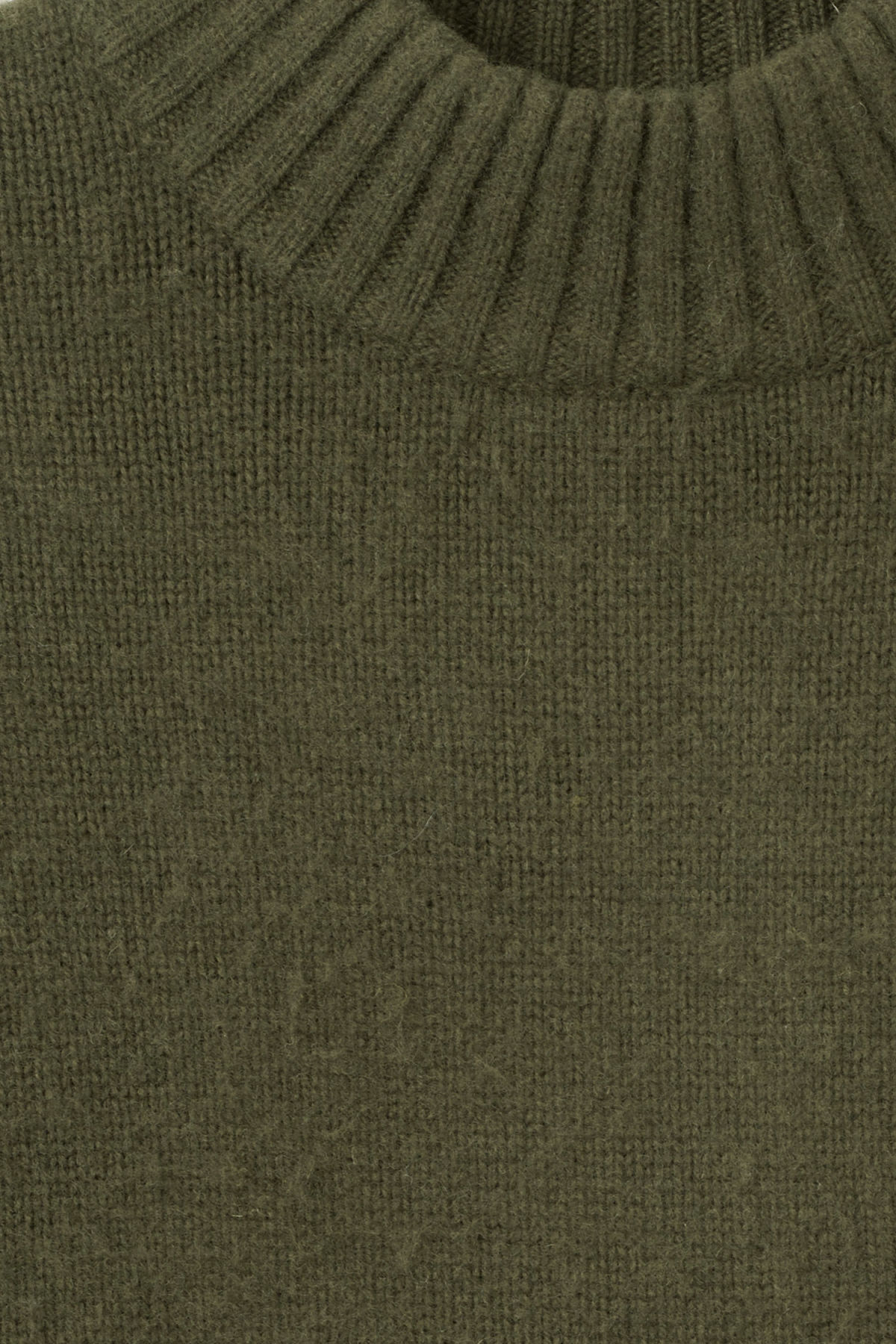 Detailed image of Weekday rock sweater in green