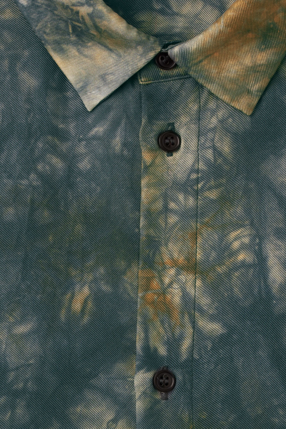Detailed image of Weekday blade silk shirt in orange