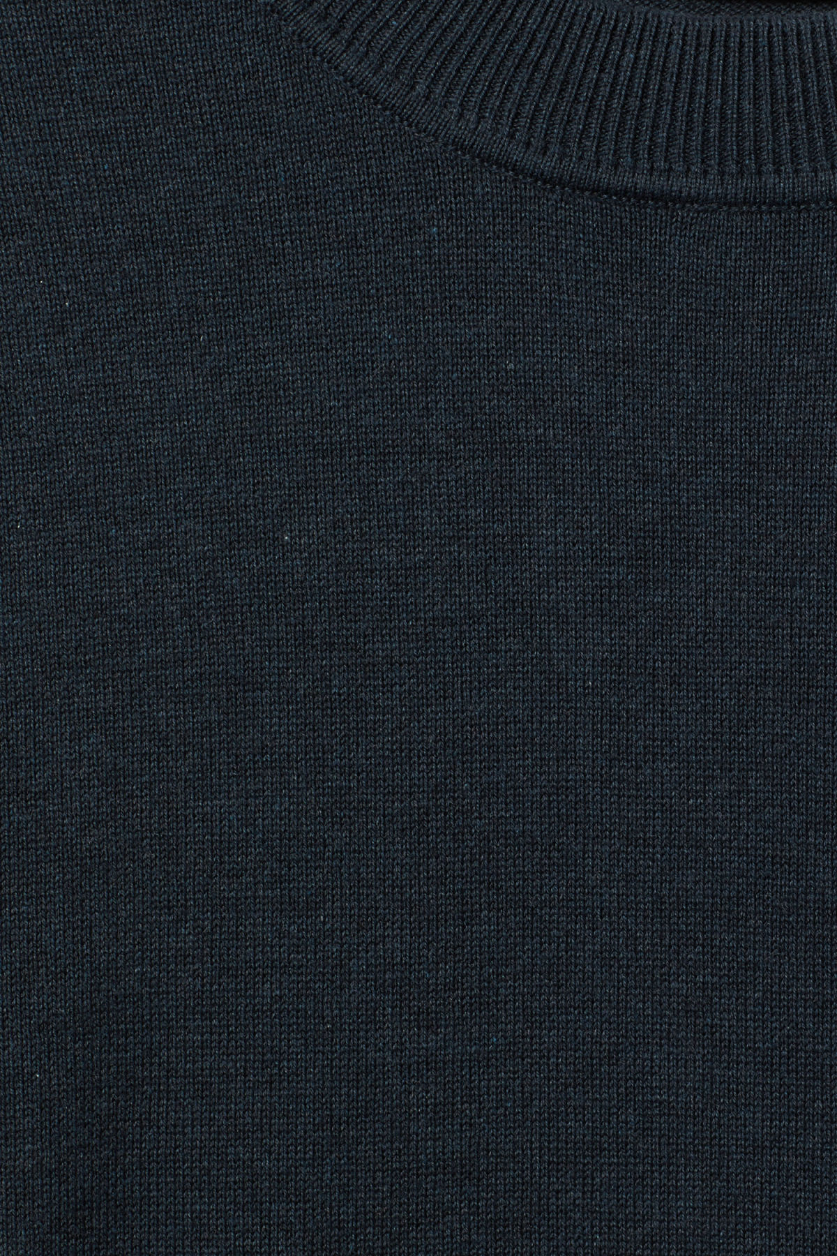 Detailed image of Weekday earl cotton sweater in blue