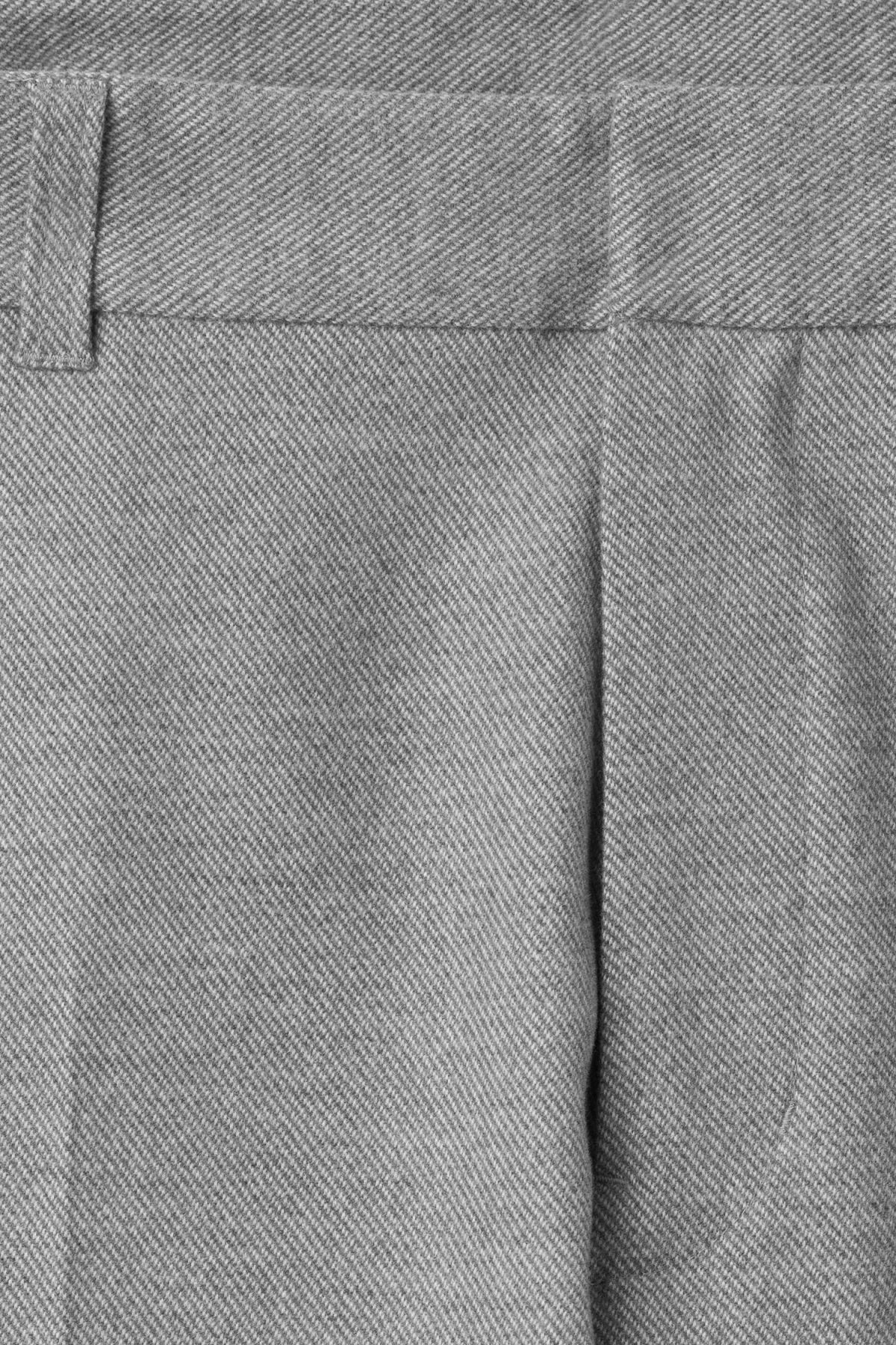 Detailed image of Weekday lund suit trouser in grey