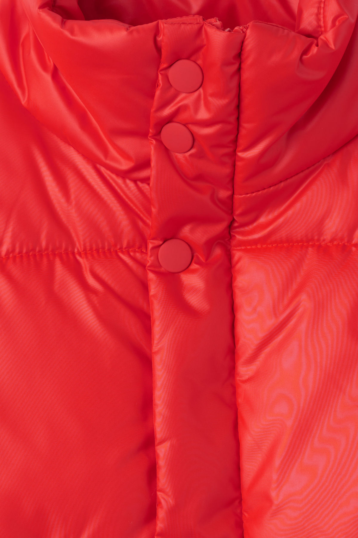 Detailed image of Weekday ply jacket in red