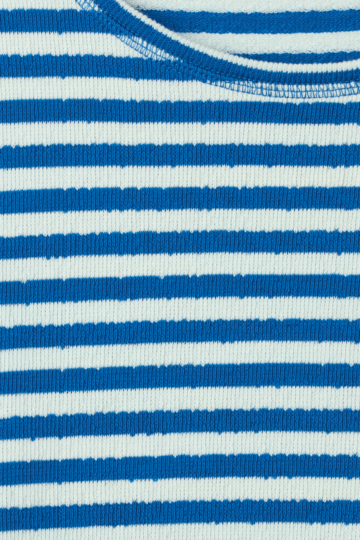 Detailed image of Weekday carter sweatshirt in blue