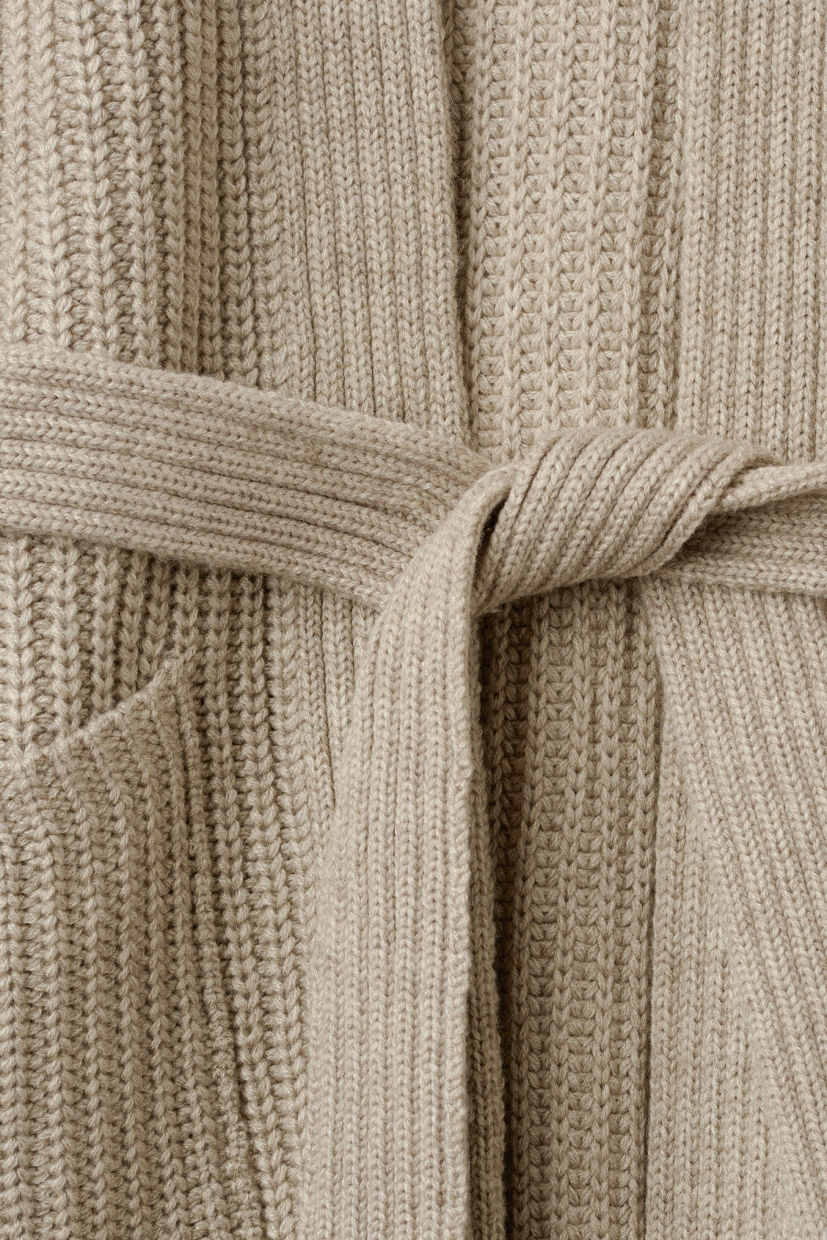 Detailed image of Weekday clash cardigan in grey