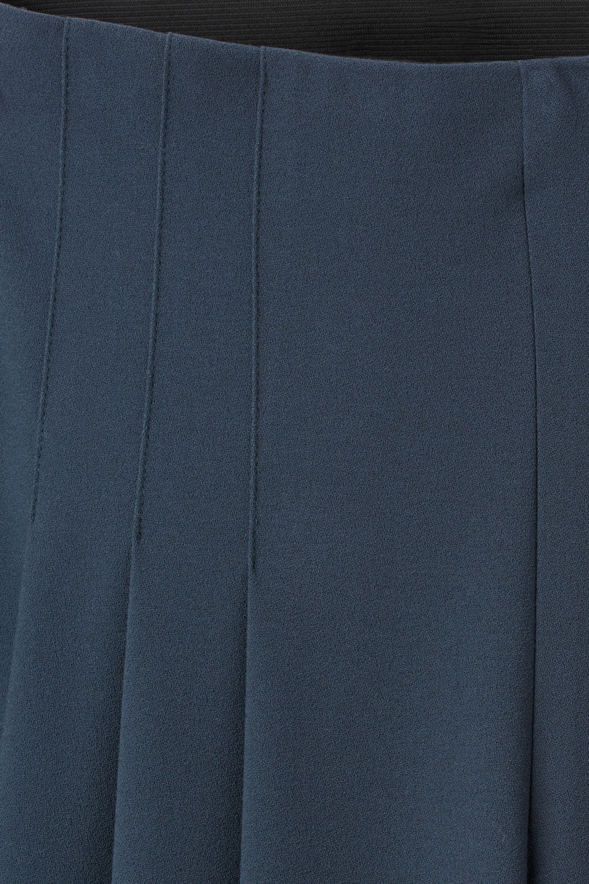Detailed image of Weekday jazz trousers in blue
