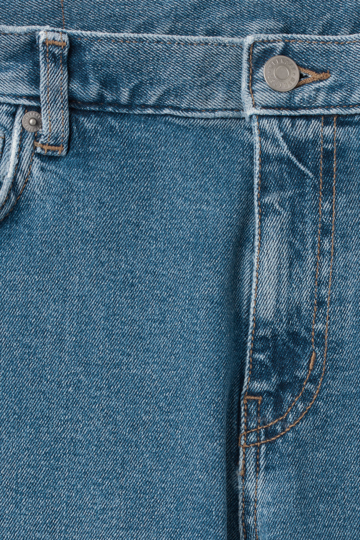 Detailed image of Weekday form arizona blue jeans in blue