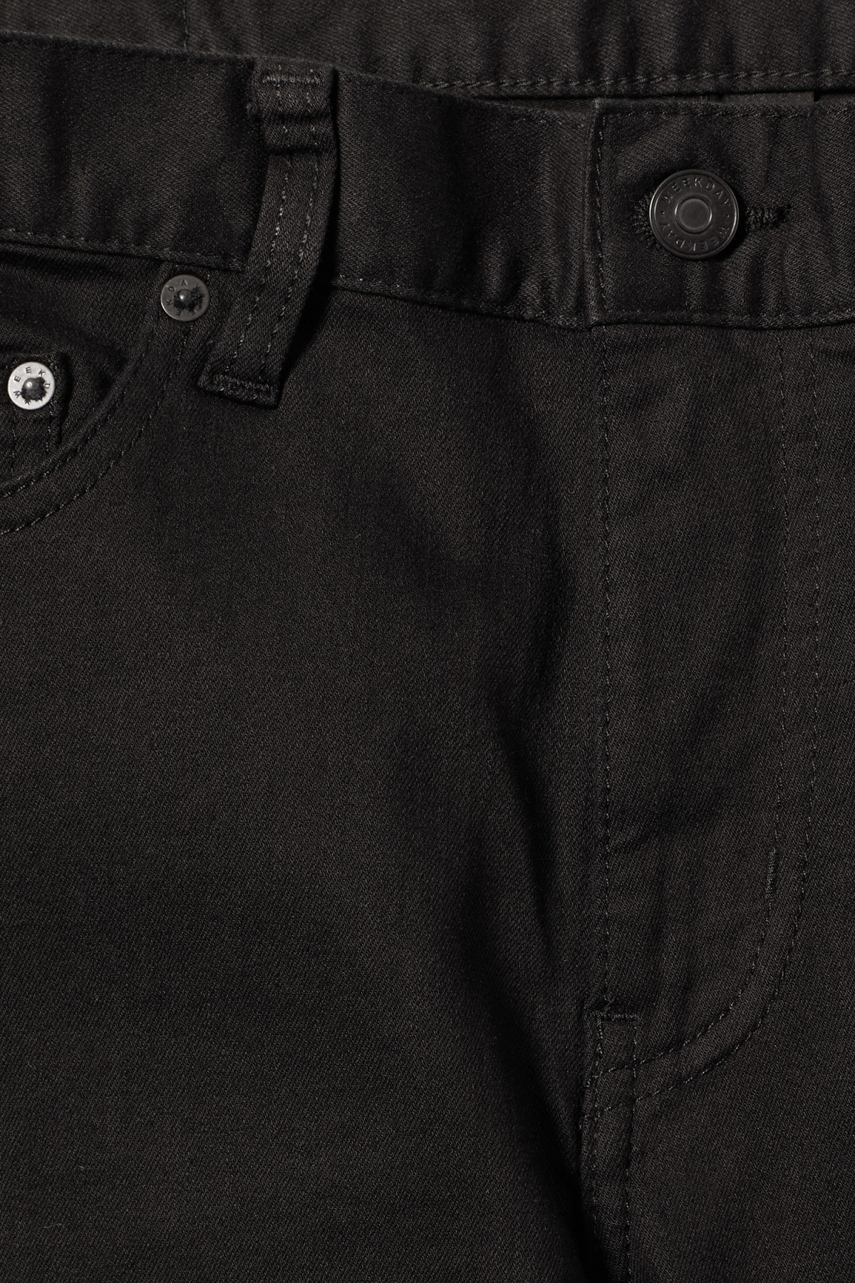 Detailed image of Weekday form stay black jeans in black