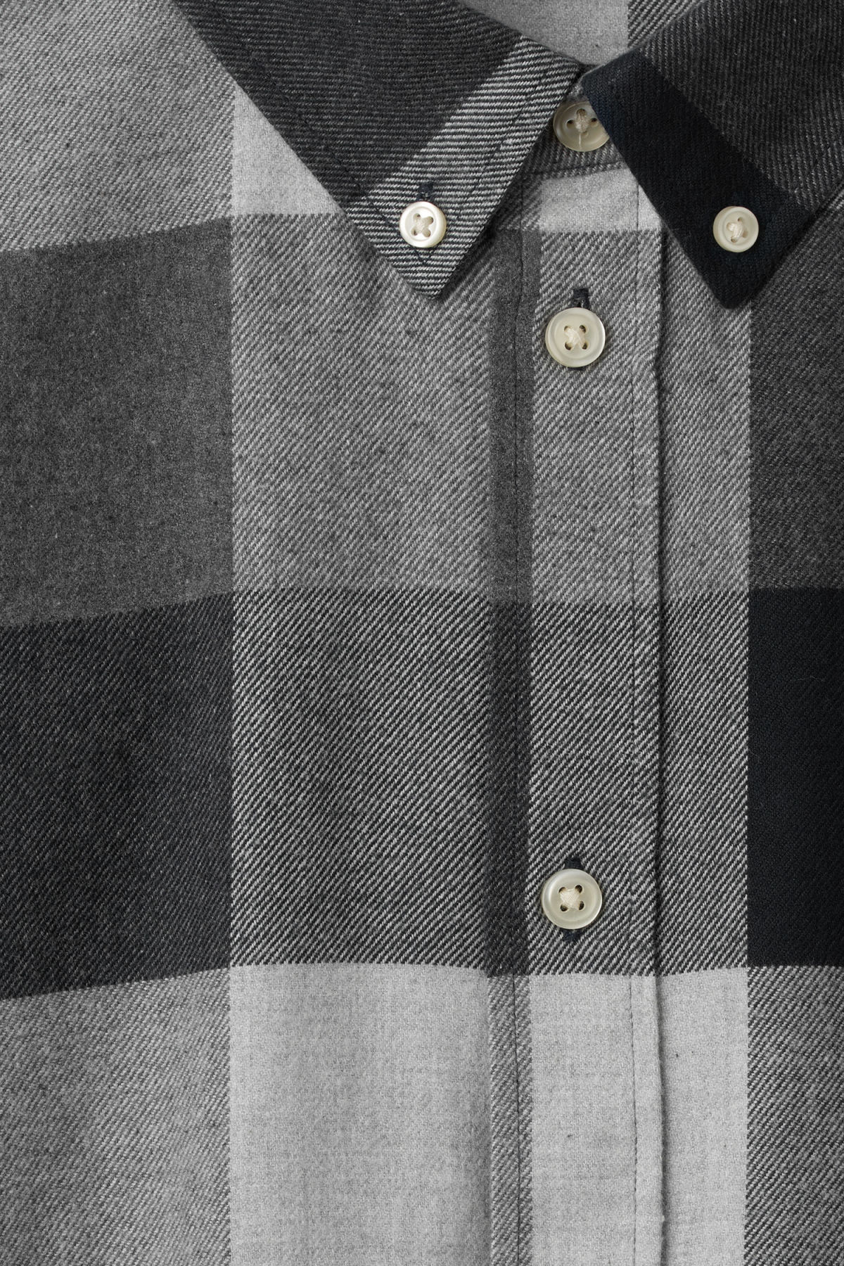 Detailed image of Weekday seattle check shirt in grey
