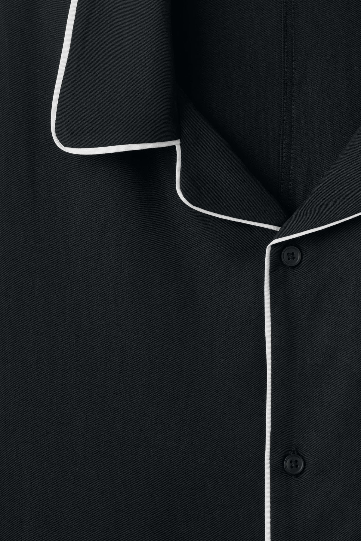 Detailed image of Weekday blow pj shirt in black
