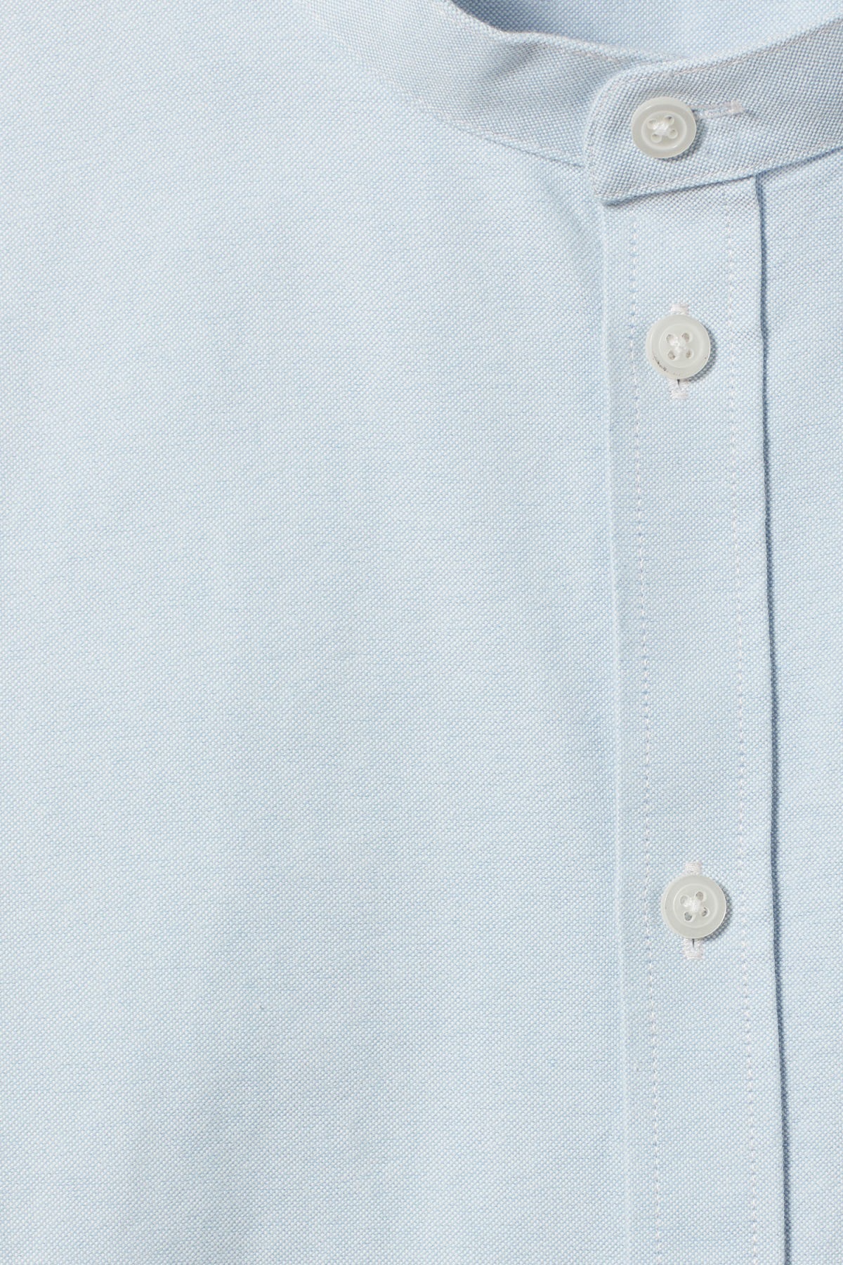 Detailed image of Weekday haring collarless shirt in blue