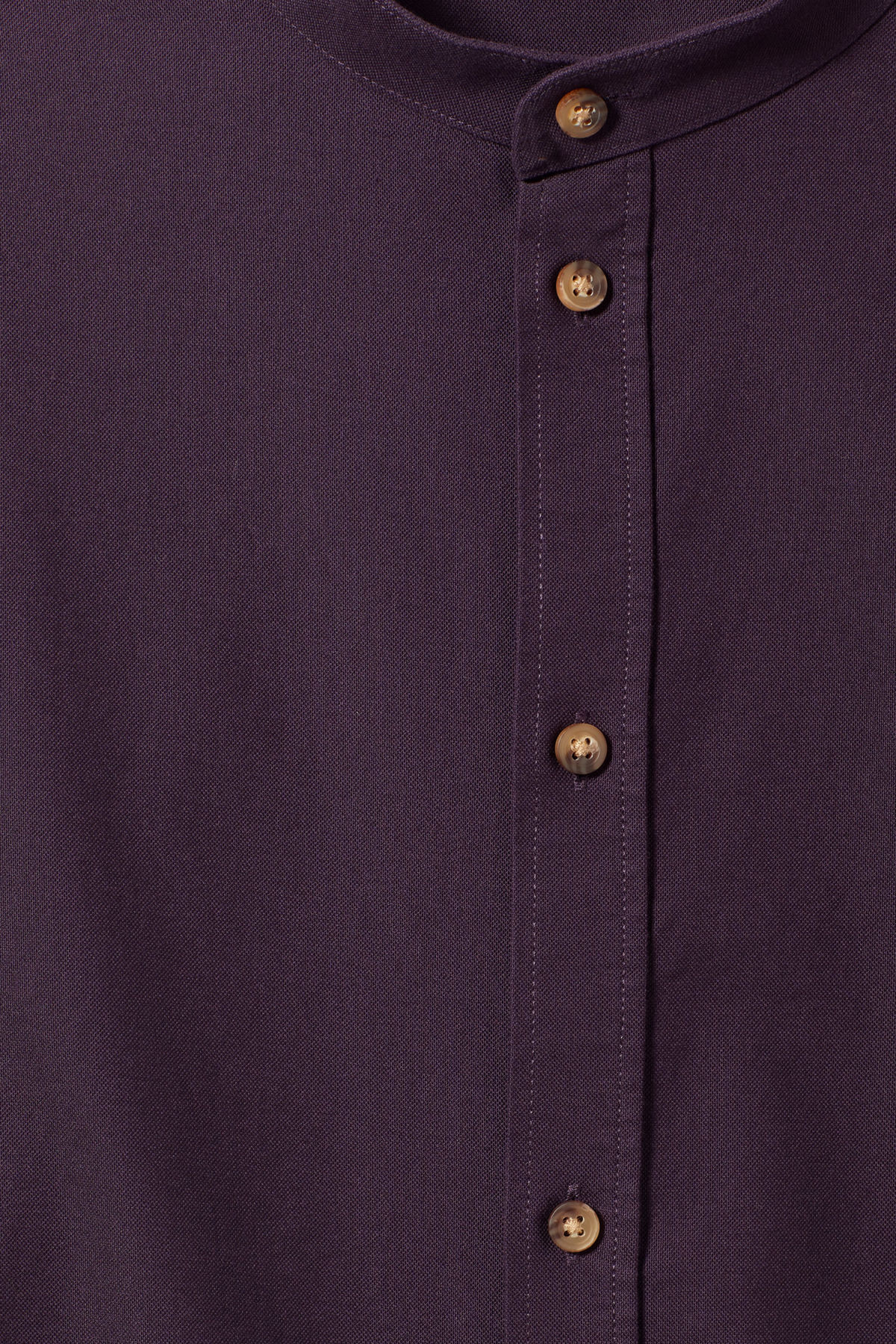 Detailed image of Weekday haring collarless shirt in purple