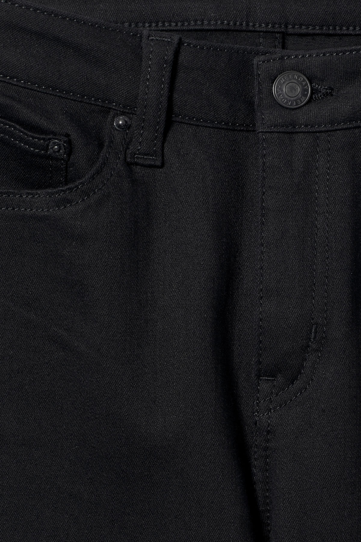 Detailed image of Weekday body stay black jeans in black