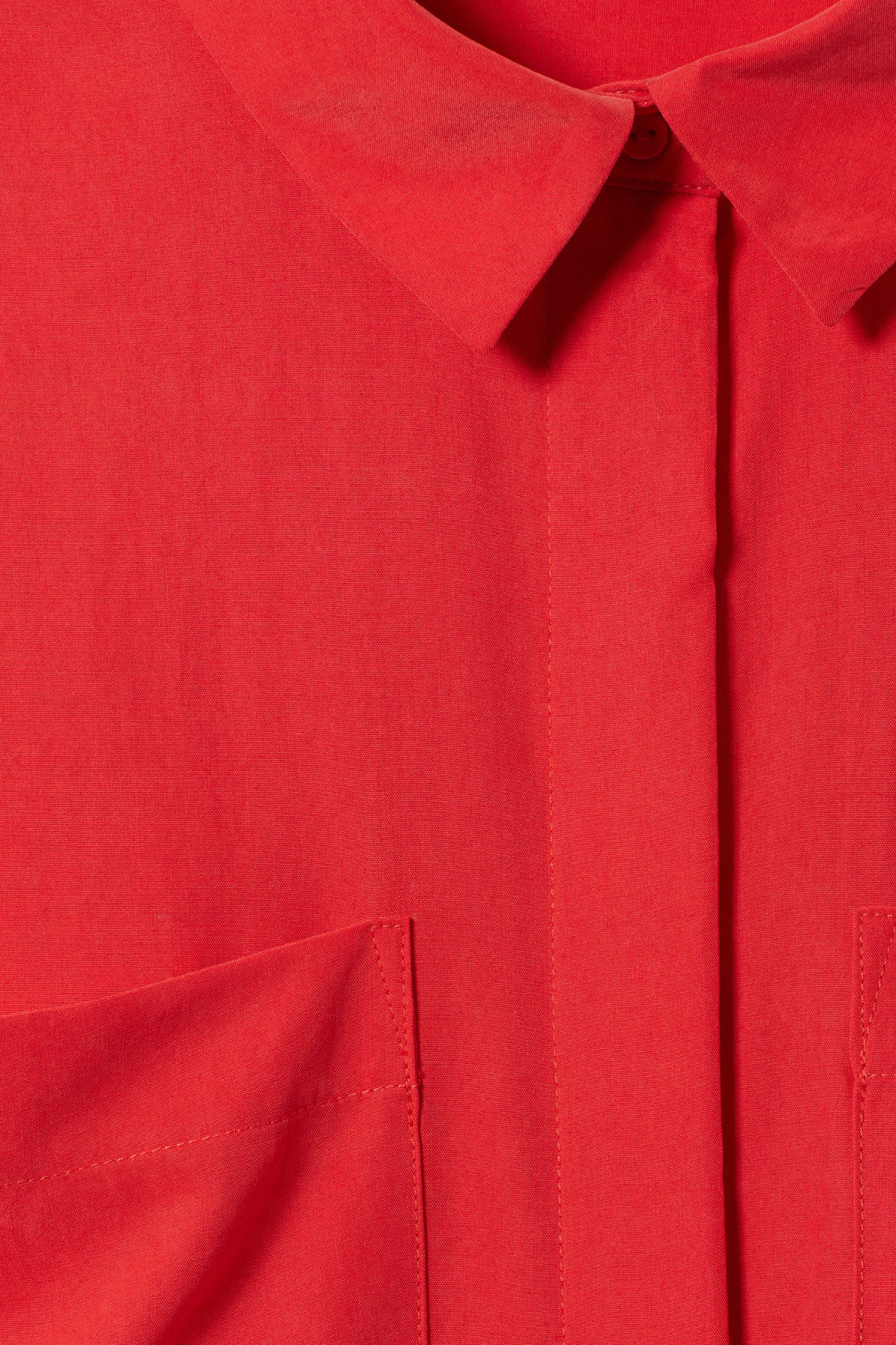 Detailed image of Weekday ramp shirt  in red