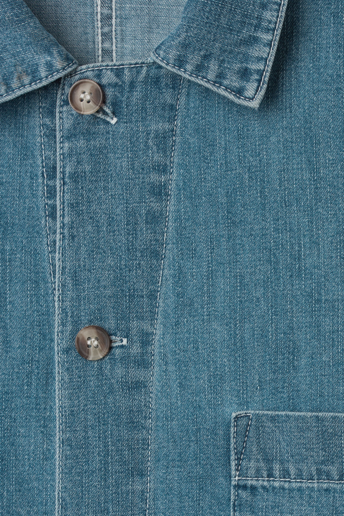 Detailed image of Weekday century shirt iso blu in blue