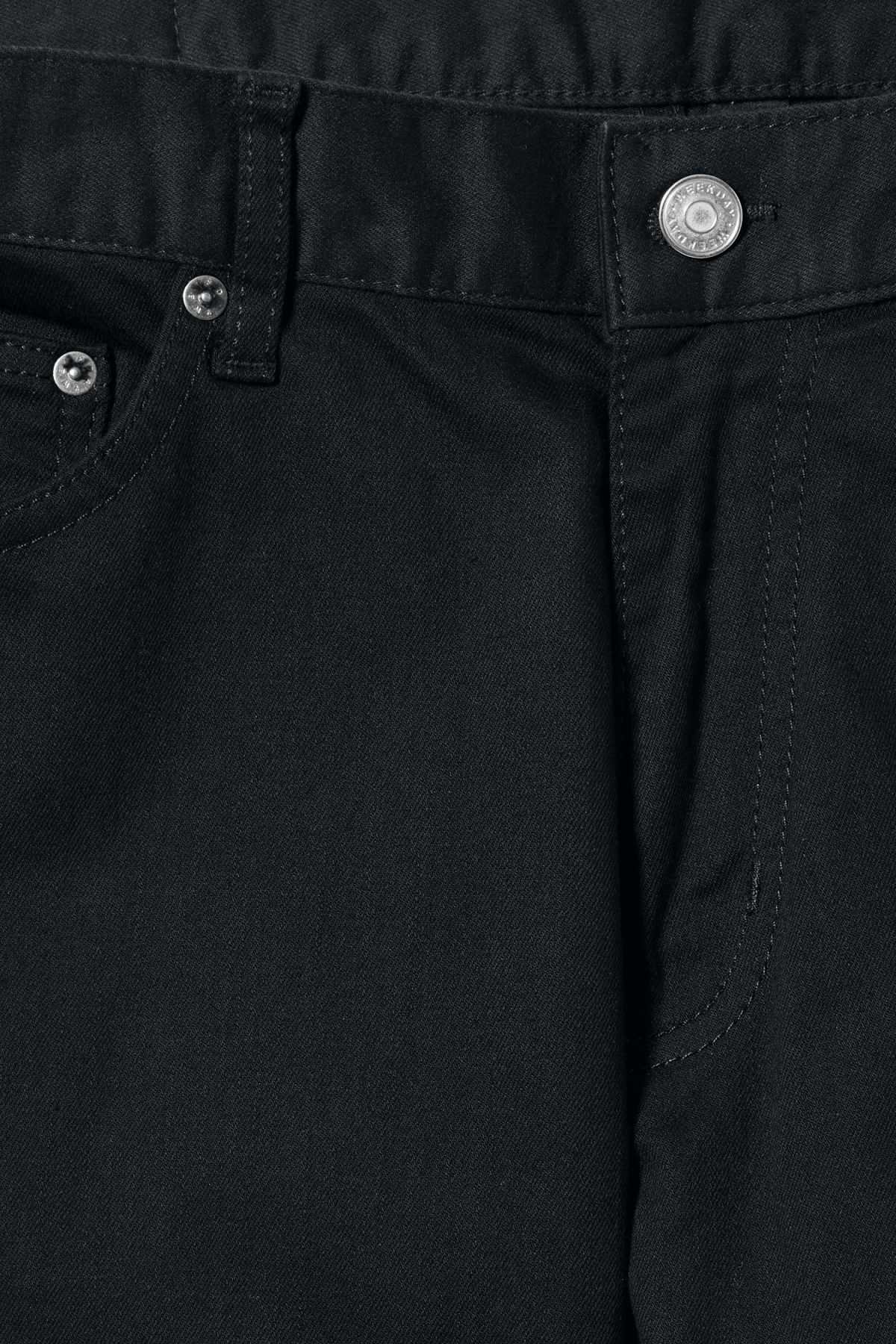 Detailed image of Weekday cone stay black jeans in black