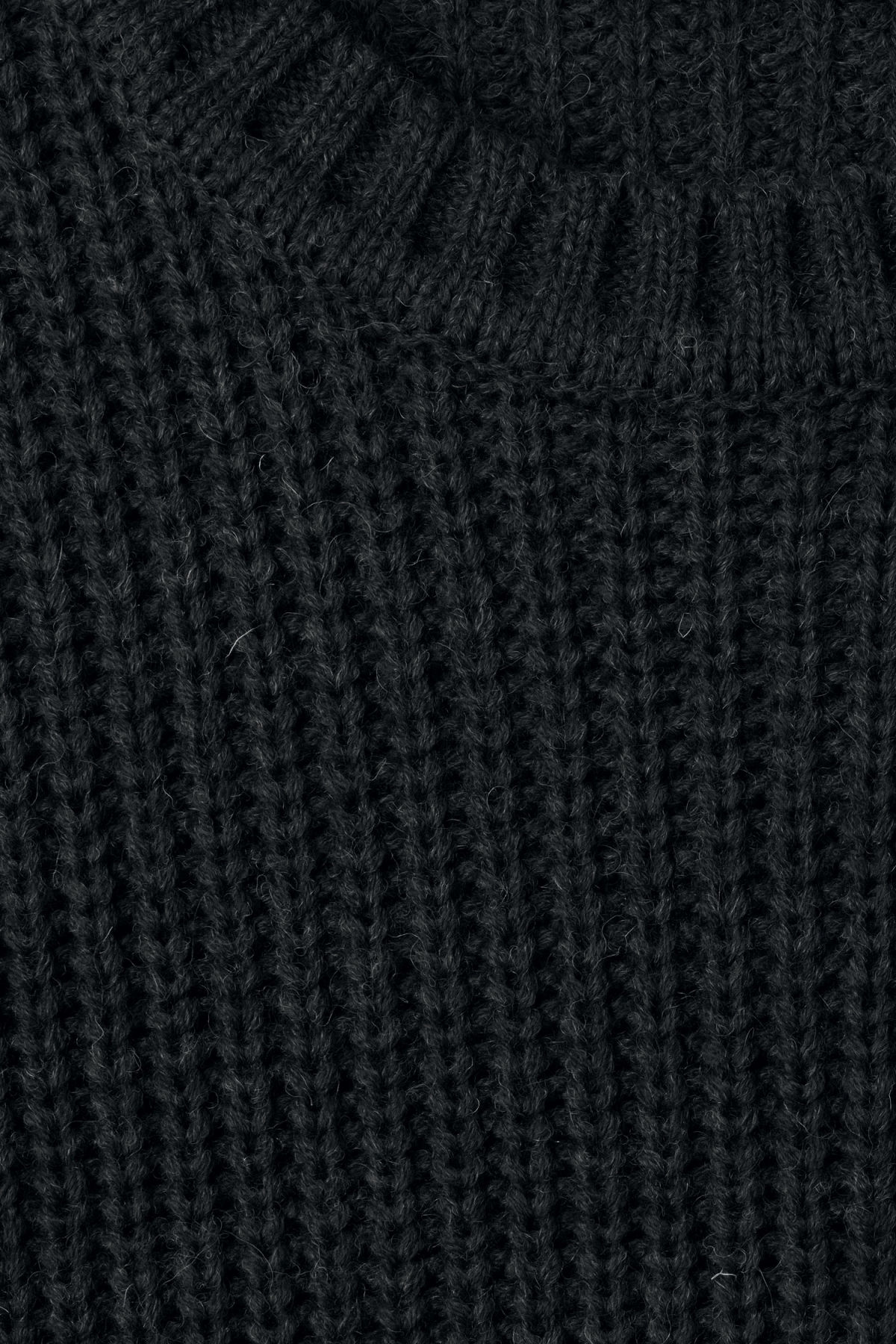 Detailed image of Weekday dieago sweater in black