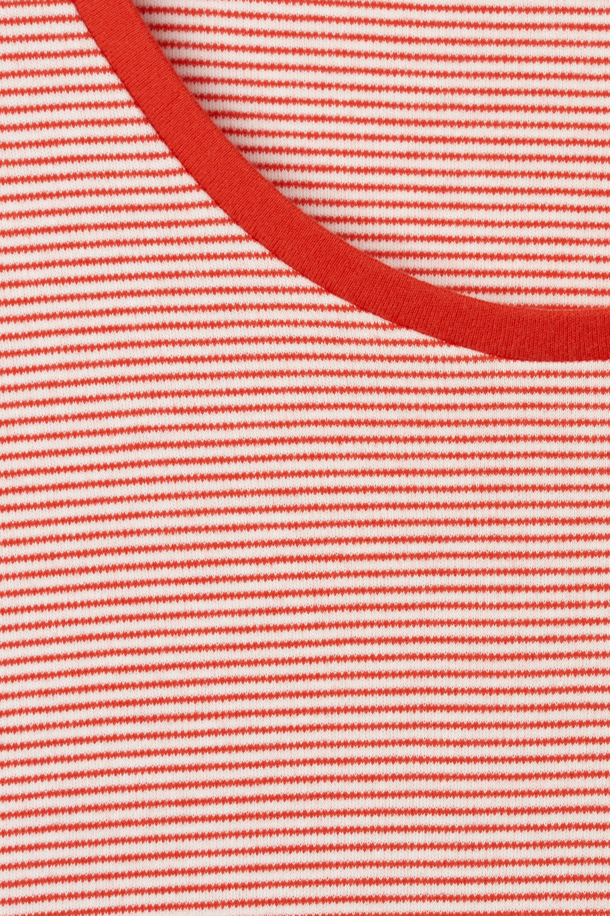 Detailed image of Weekday boule long sleeve  in red