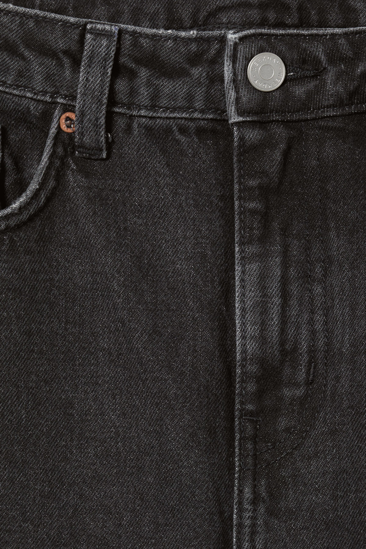 Detailed image of Weekday voyage trotter black jeans in black