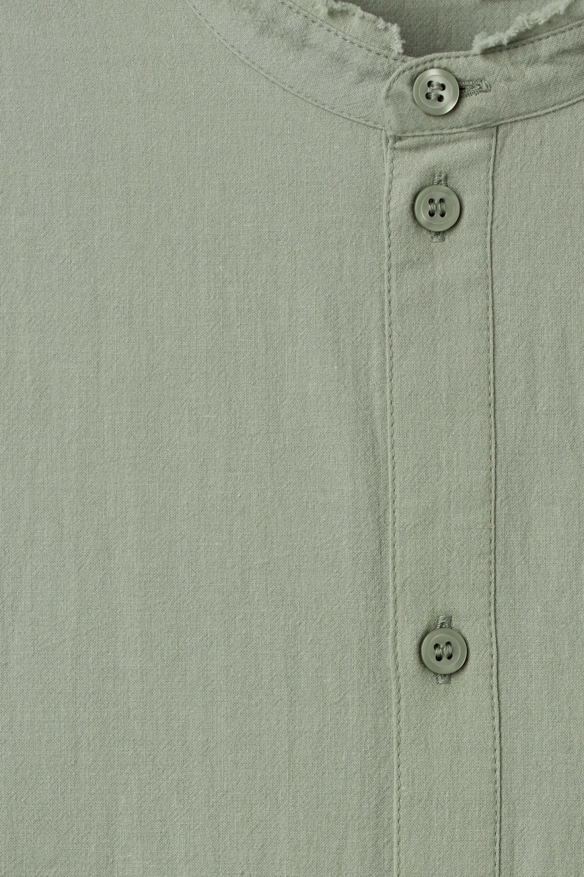 Detailed image of Weekday rose shirt in green