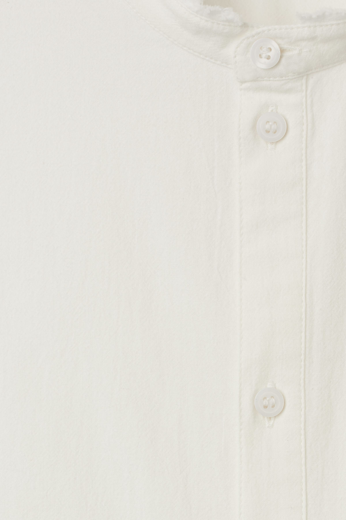Detailed image of Weekday rose shirt in white