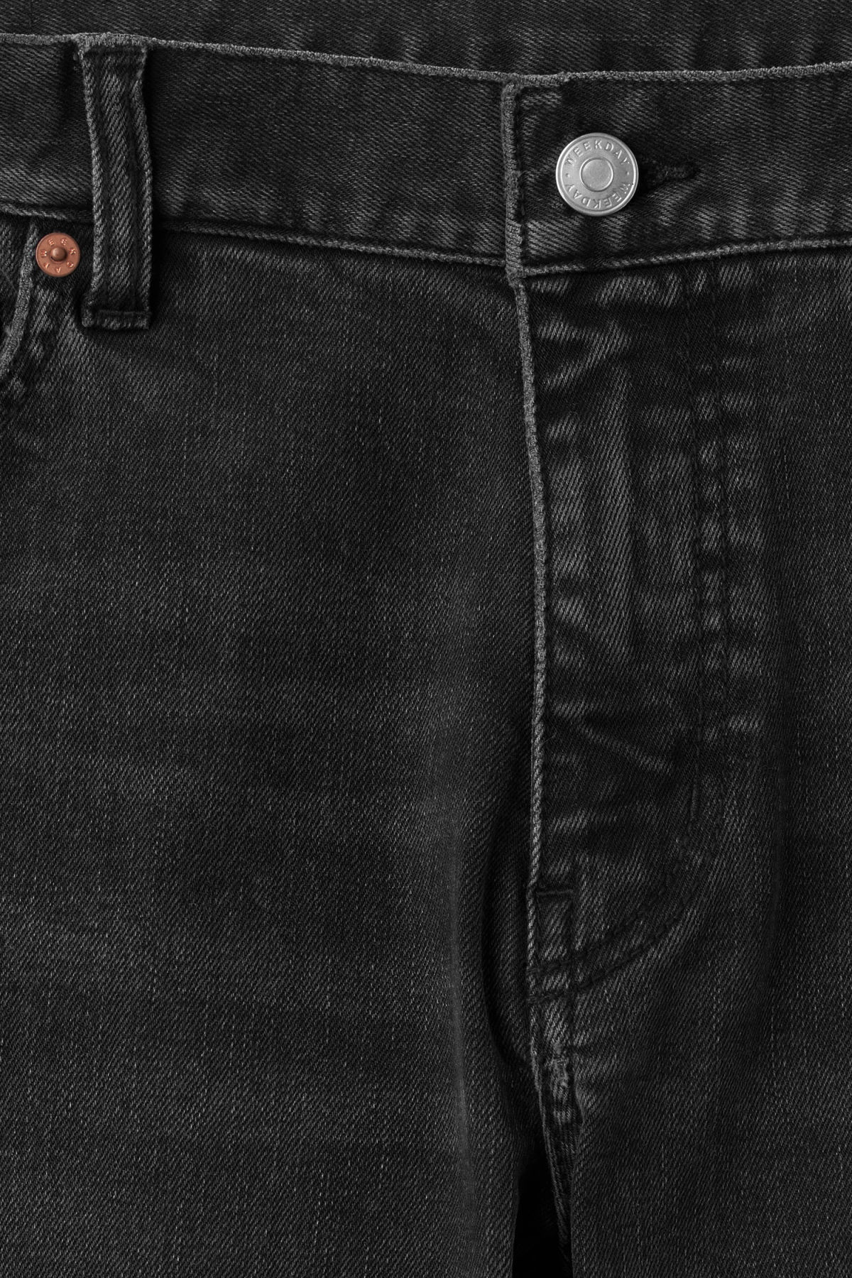 Detailed image of Weekday form trotter black jeans in grey