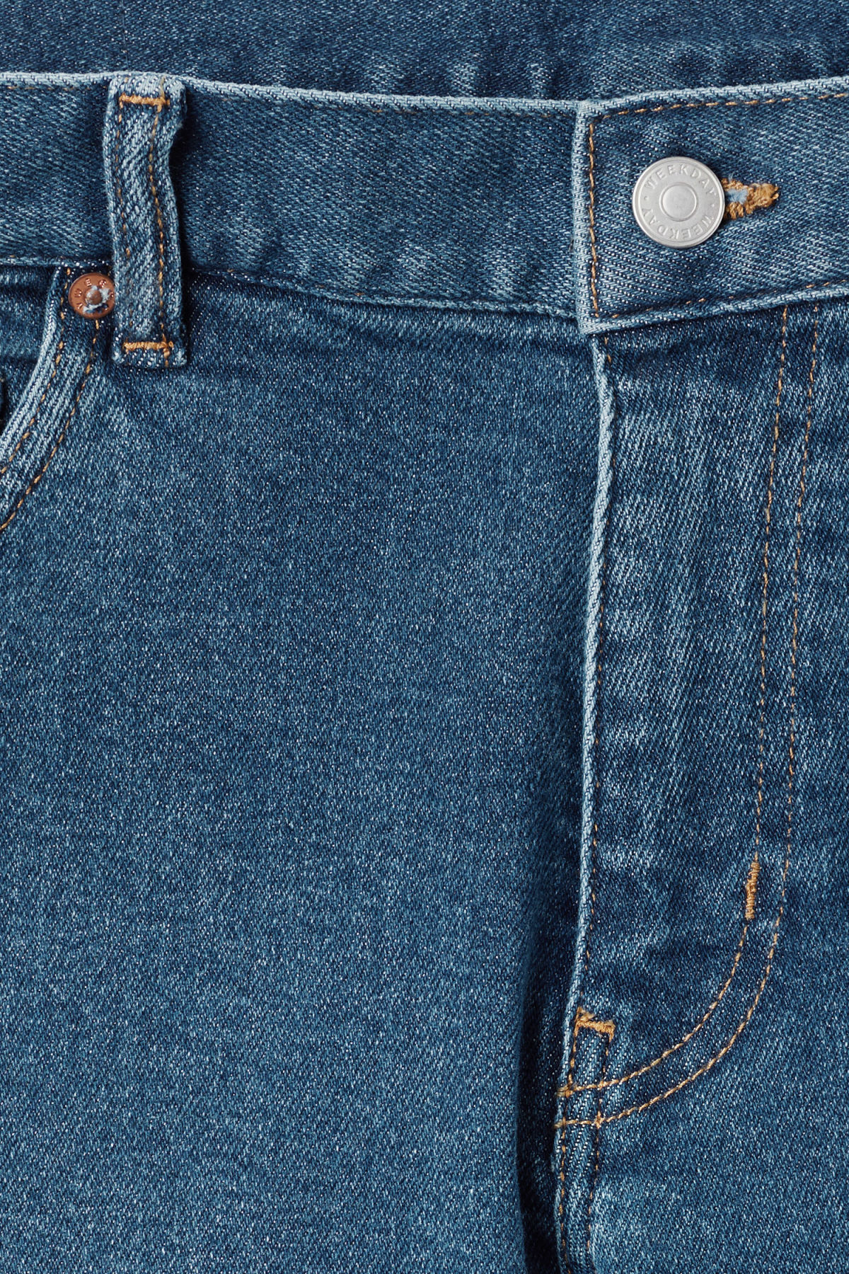 Detailed image of Weekday form powell blue jeans in blue