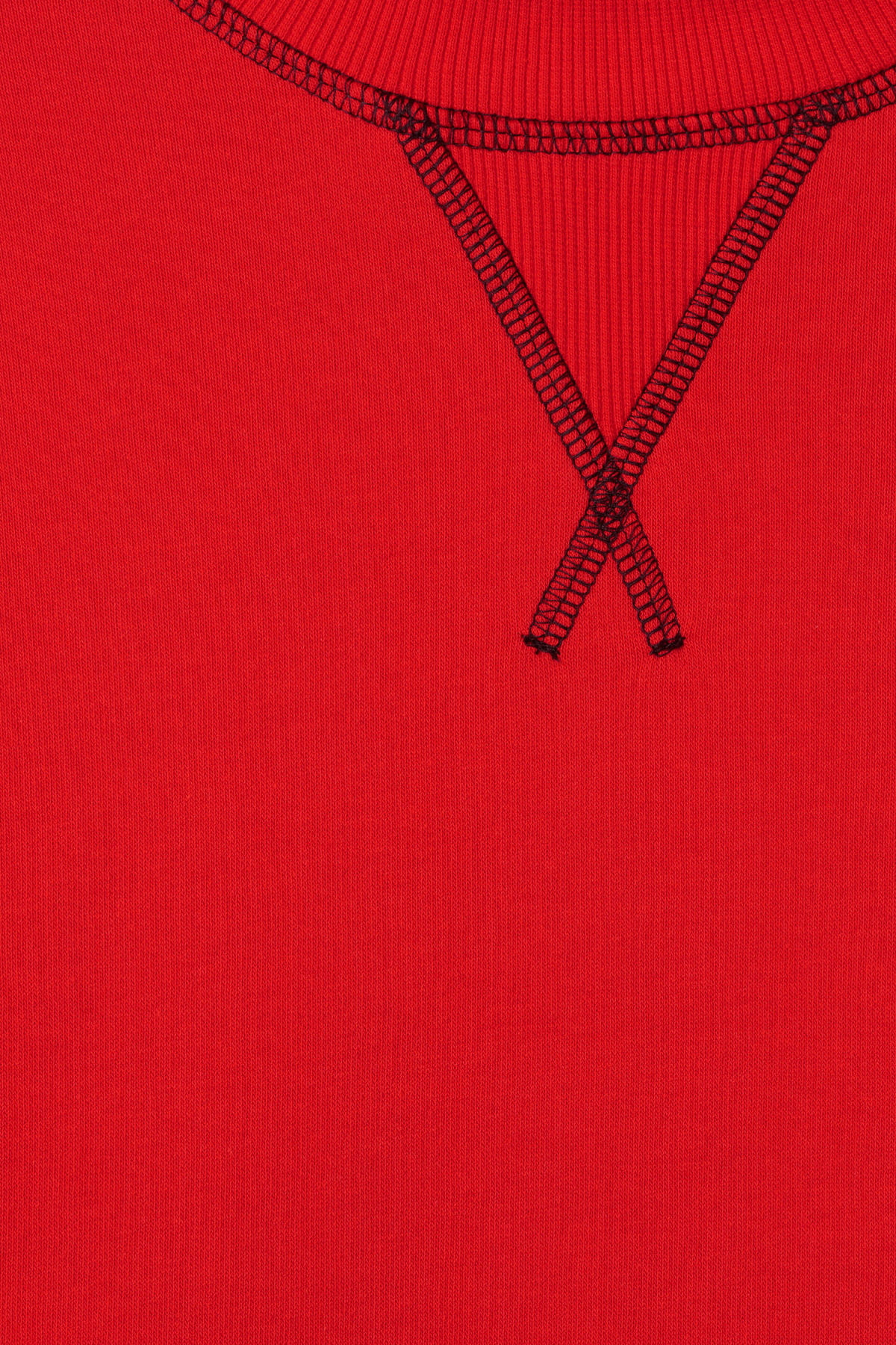 Detailed image of Weekday syntax sweatshirt in red