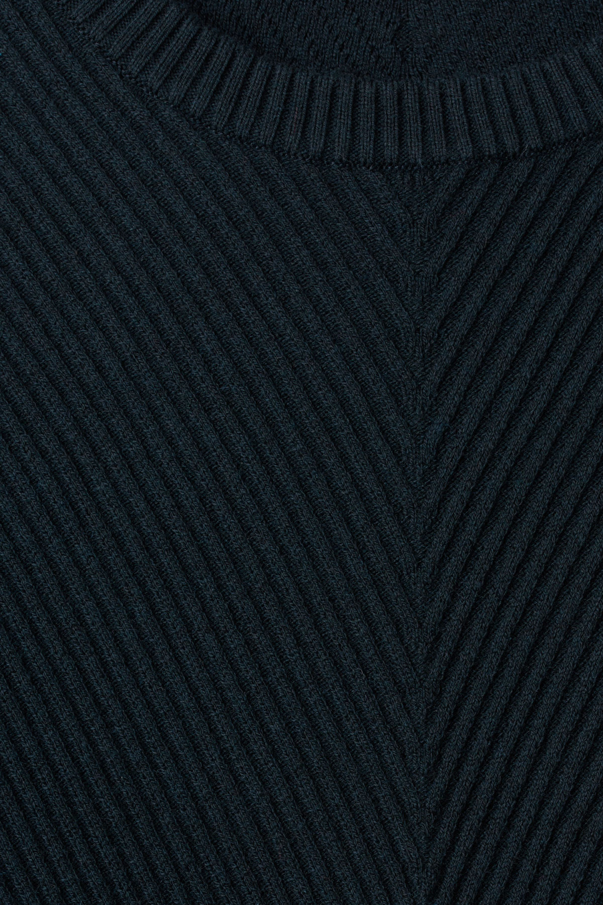 Detailed image of Weekday infuse rib sweater in blue