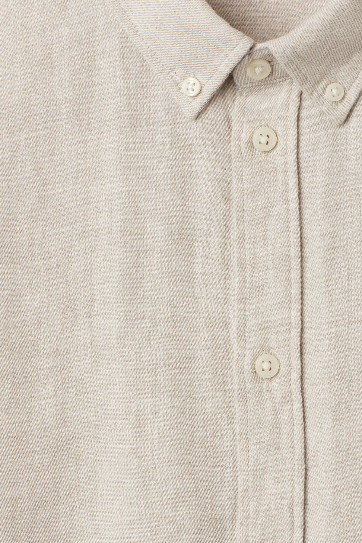 Detailed image of Weekday seattle twotwill shirt in beige