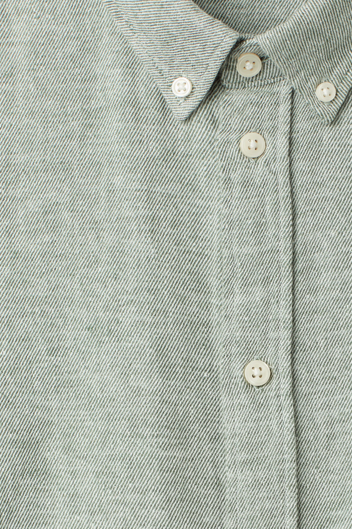 Detailed image of Weekday seattle twotwill shirt in green
