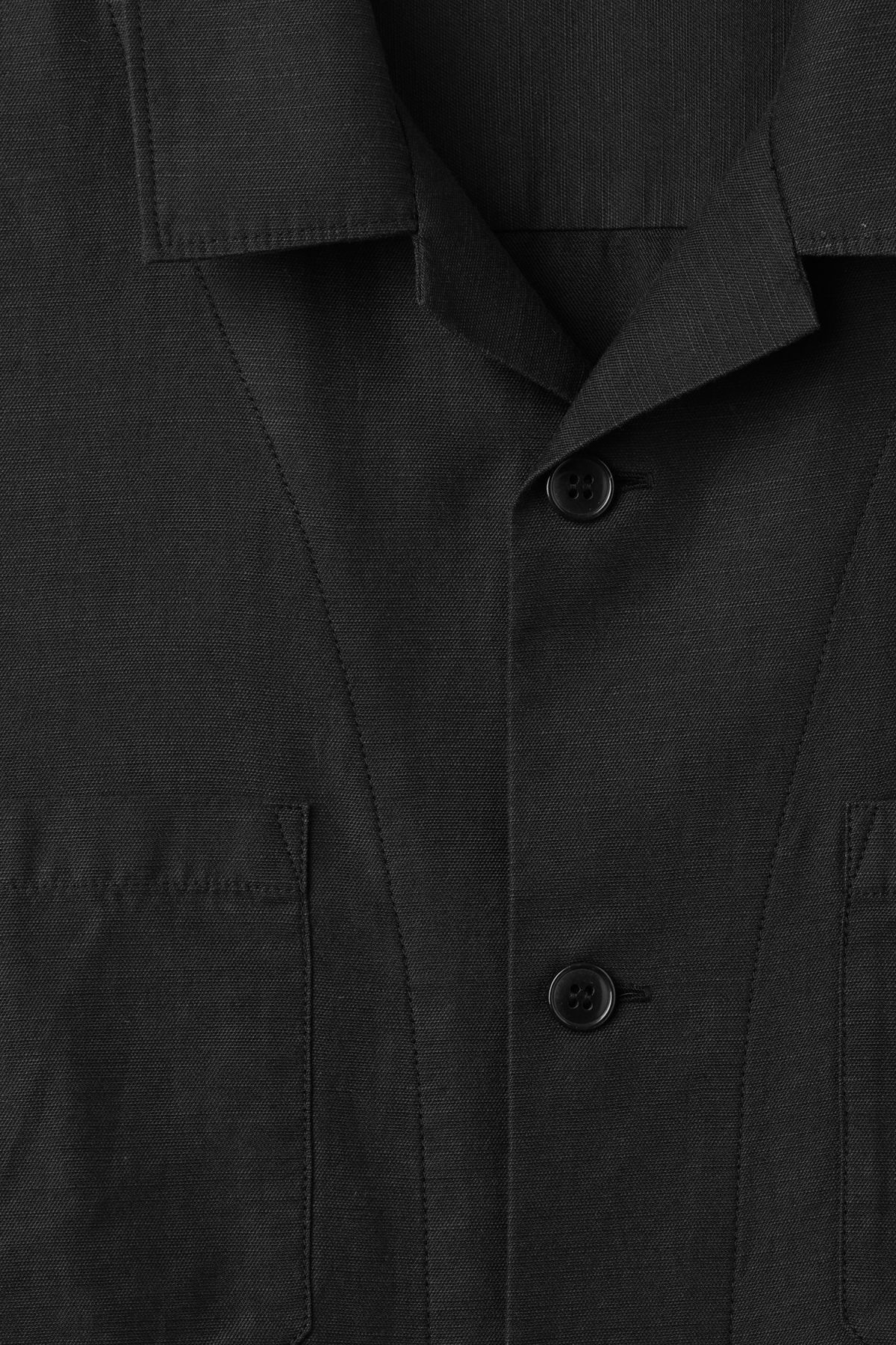 Detailed image of Weekday bean shirt in black
