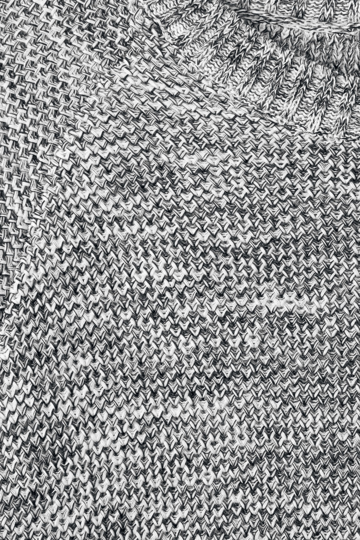 Detailed image of Weekday cave sweater in black