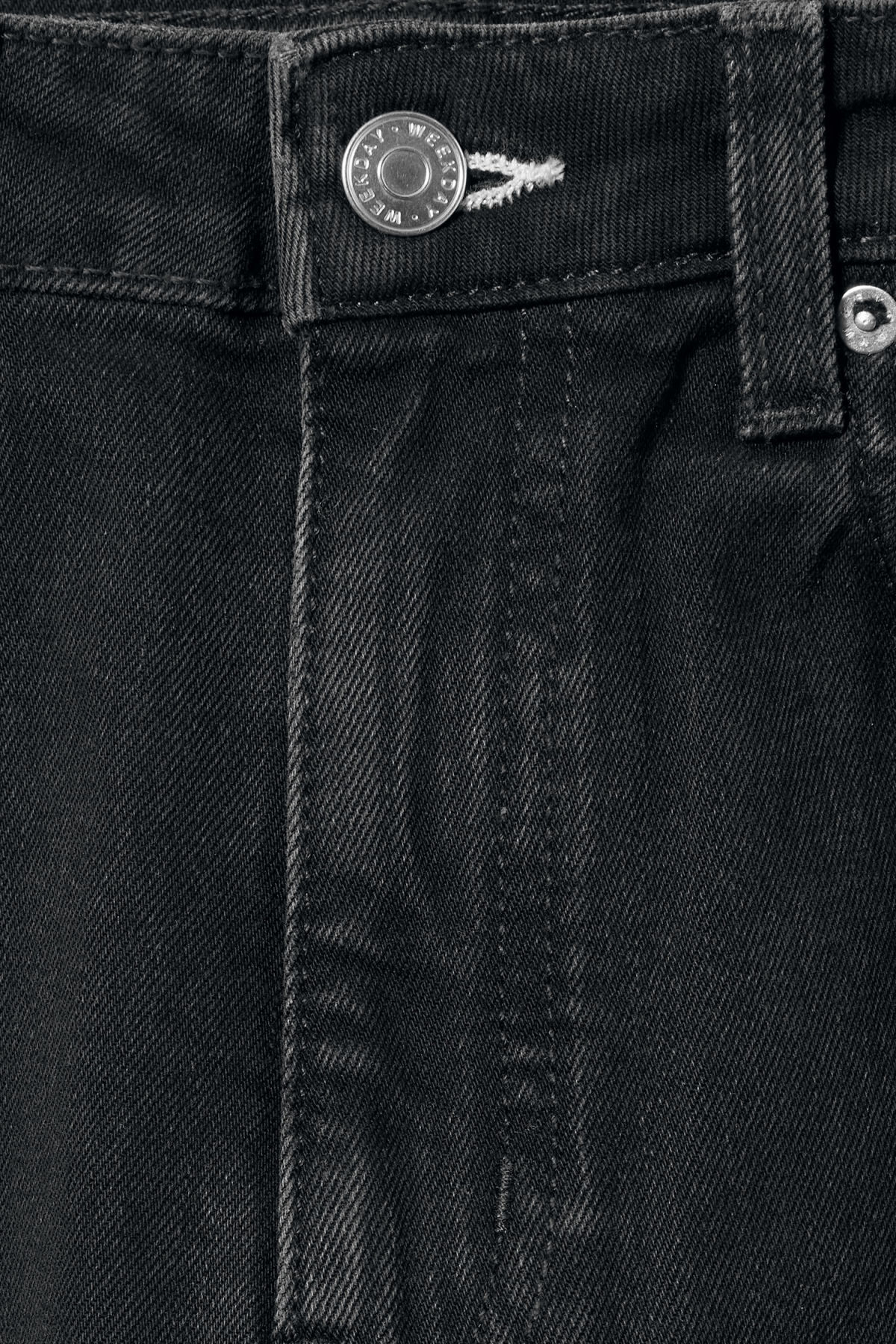 Detailed image of Weekday ace tuned black jeans in black