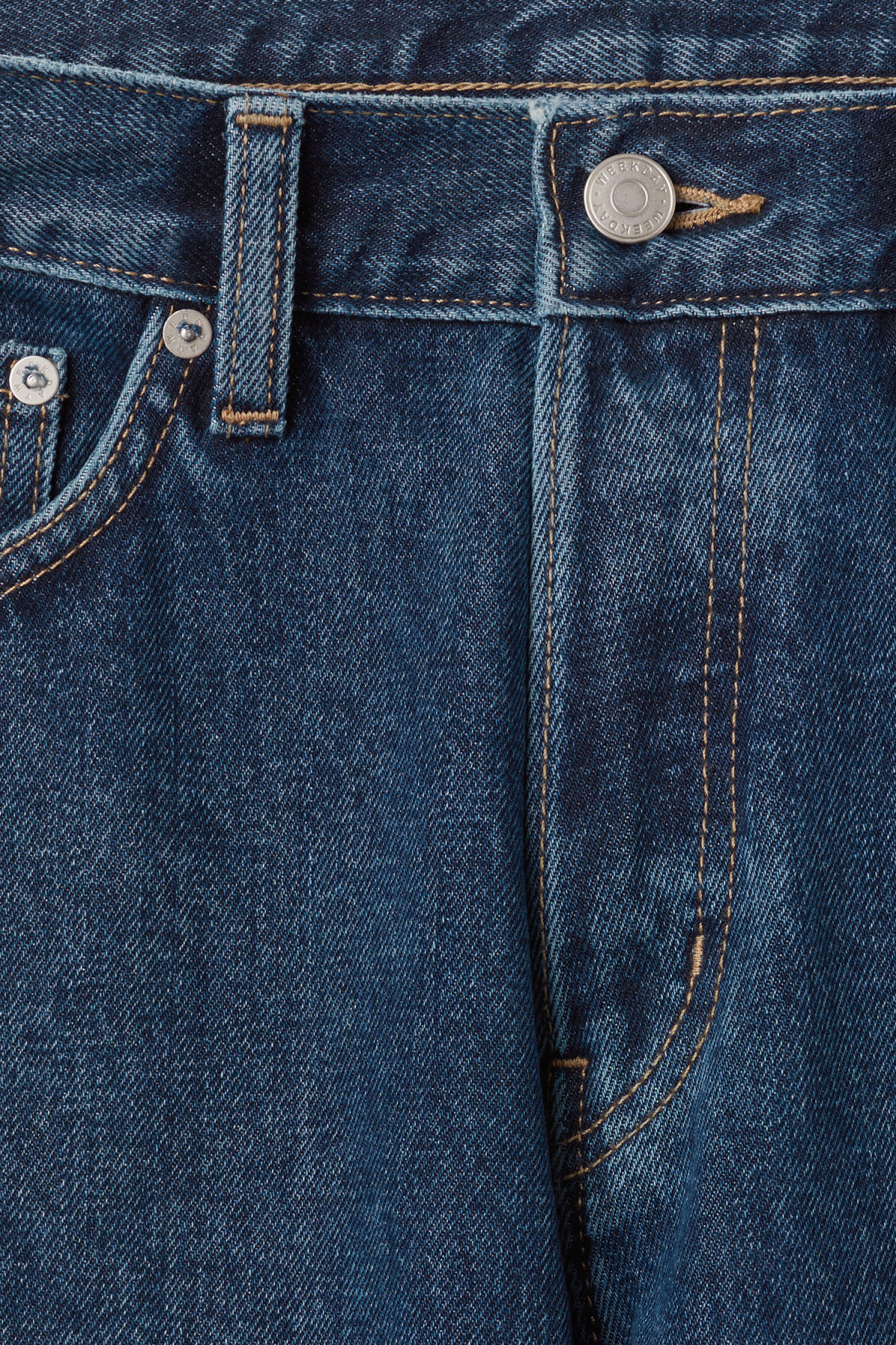 Detailed image of Weekday vacant win blue jeans in blue