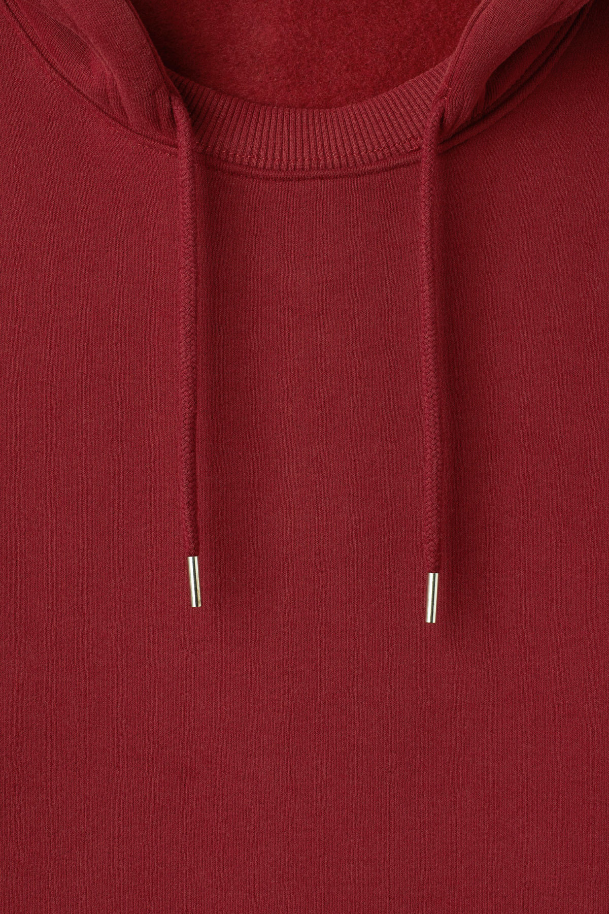 Detailed image of Weekday troupe hoodie in red
