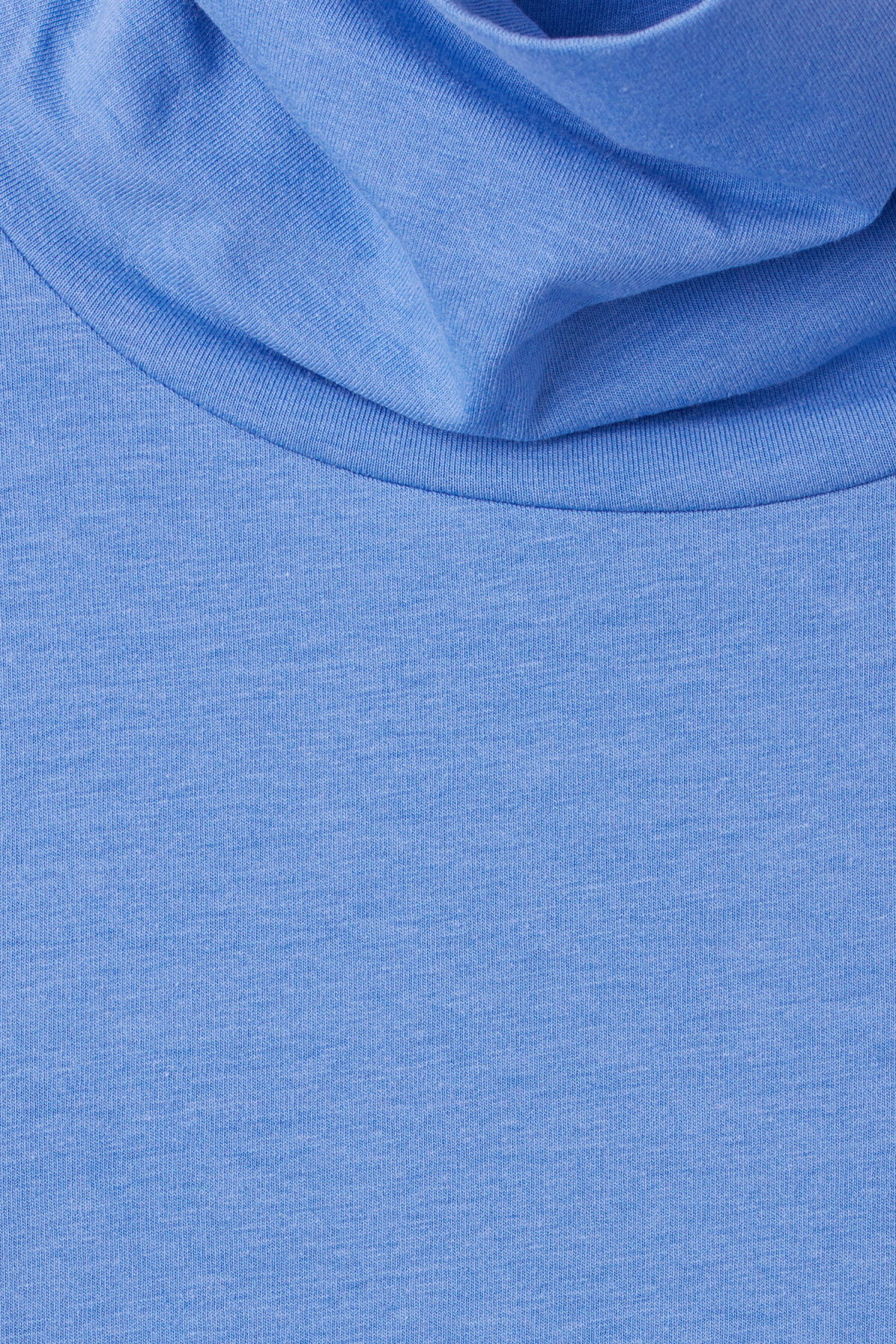 Detailed image of Weekday alice turtleneck  in blue