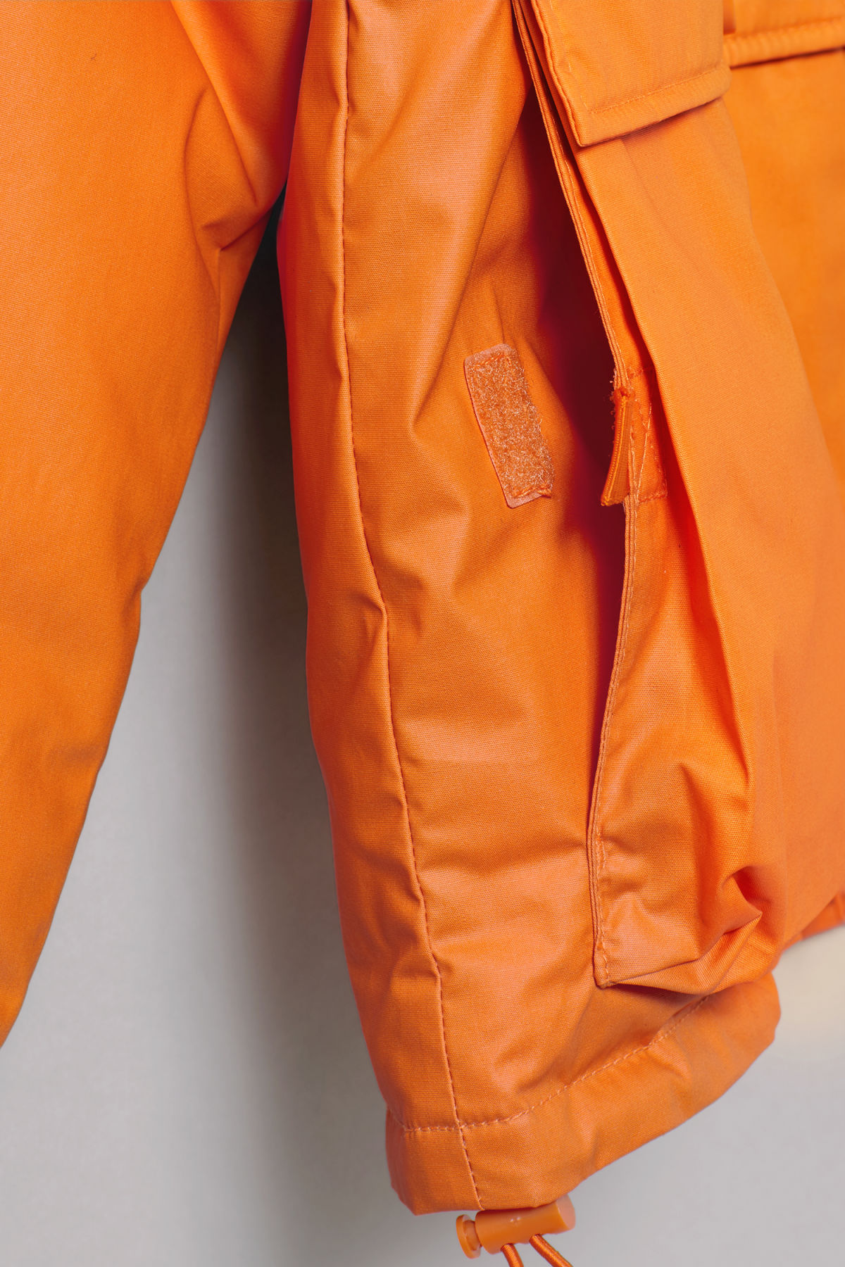 Detailed image of Weekday jimmy jacket in orange