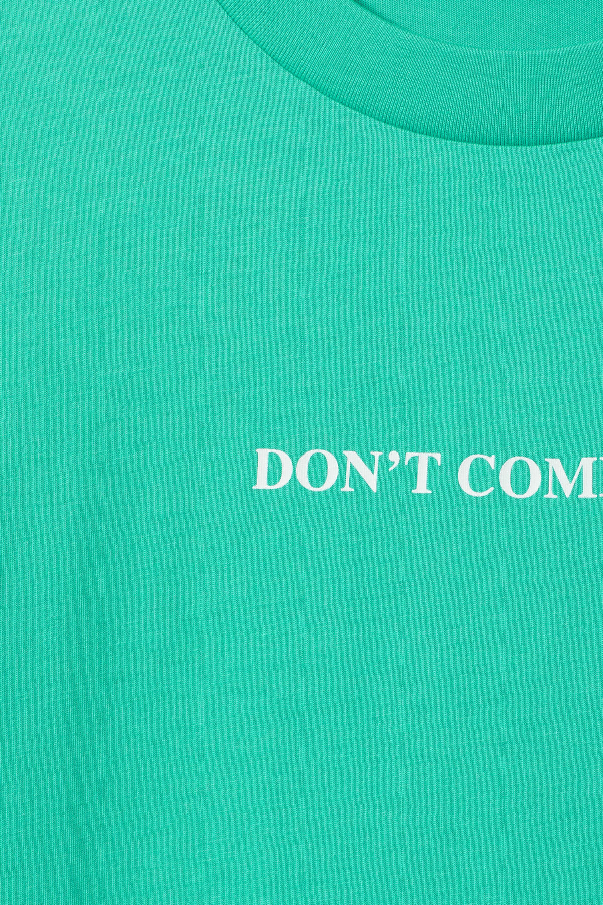 Detailed image of Weekday vitrine t-shirt in green