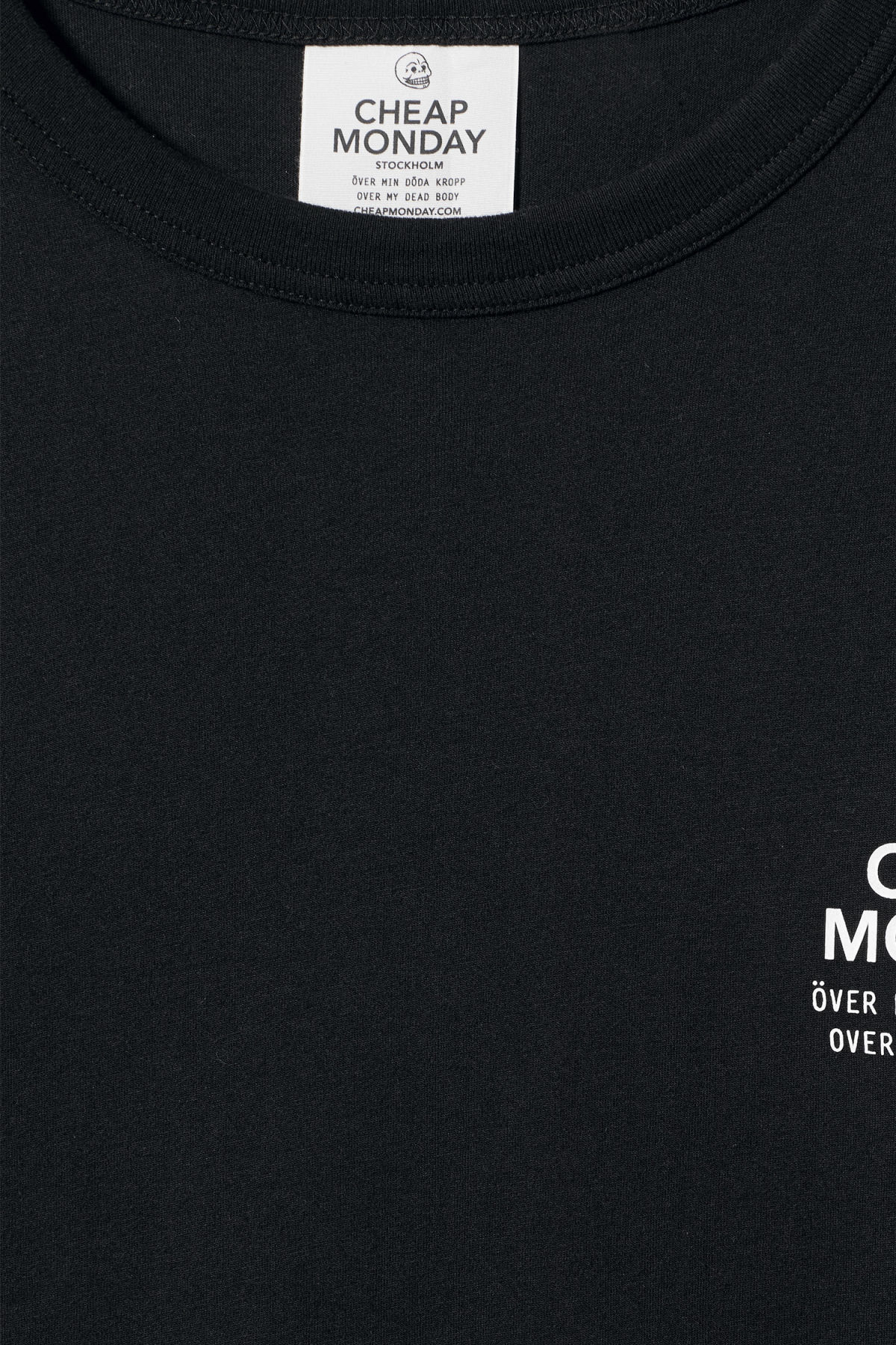 Detailed image of Weekday boxer sender tee in black