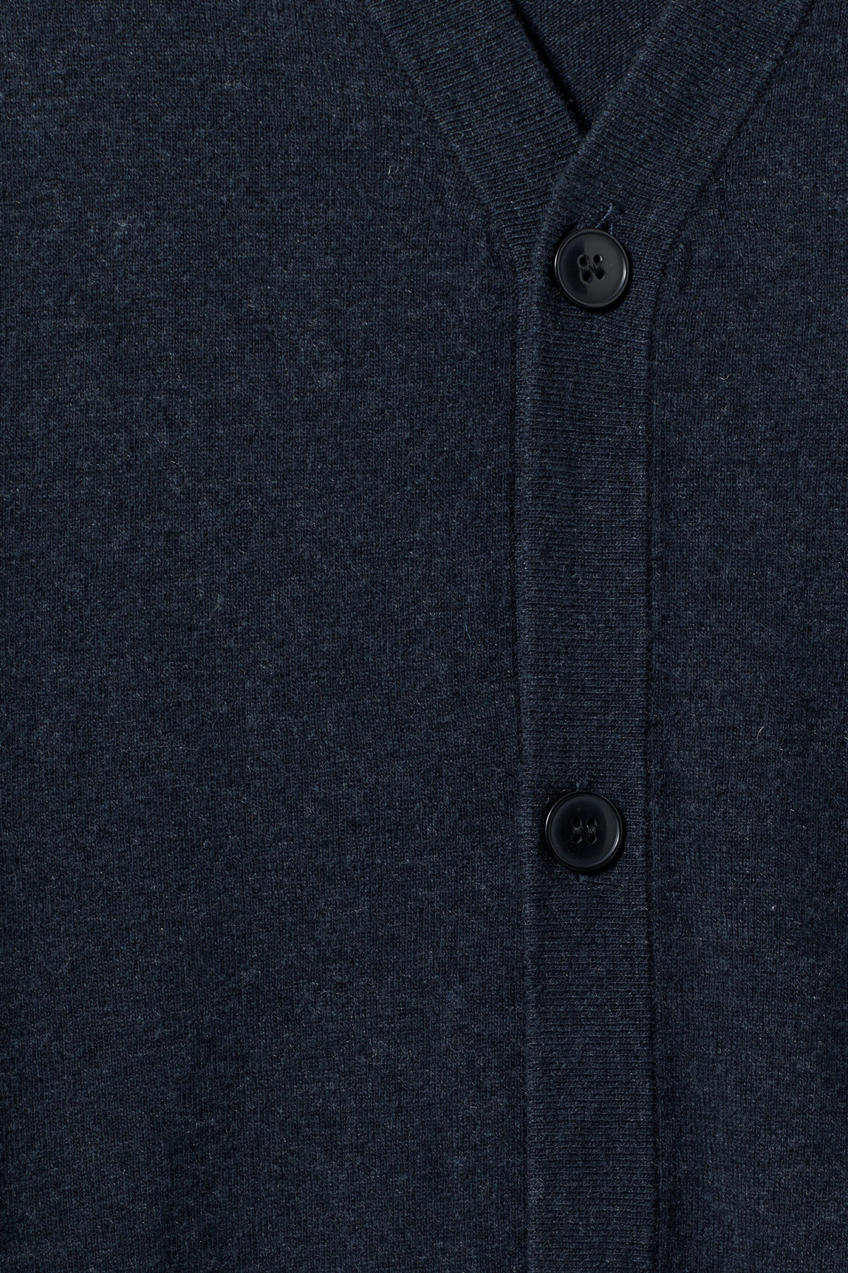 Detailed image of Weekday morgan cardigan in blue