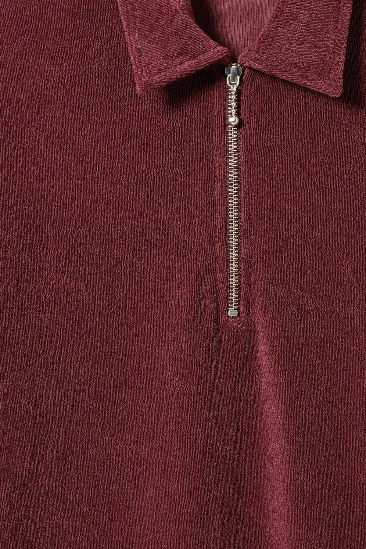 Detailed image of Weekday  in red