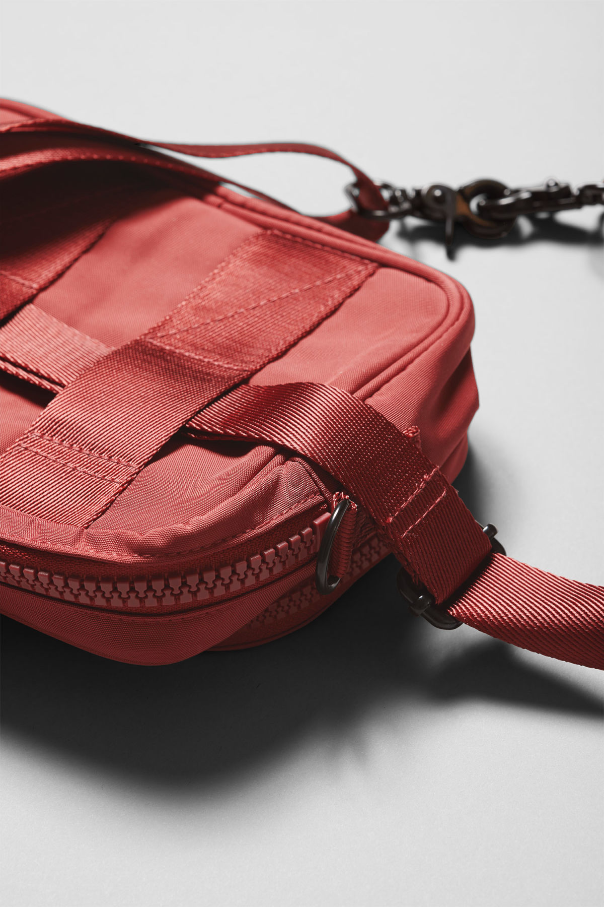 Detailed image of Weekday skye crossbody bag in orange