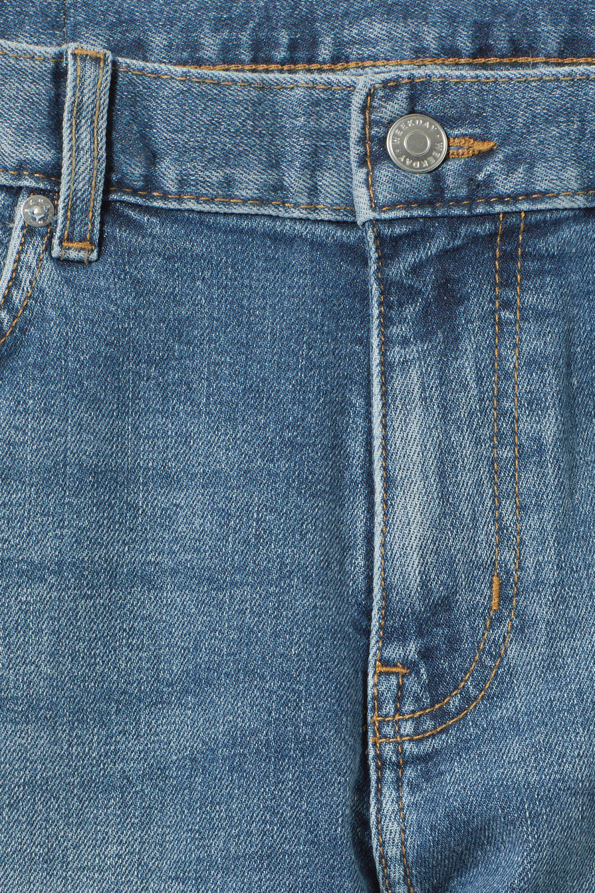 Detailed image of Weekday cone marfa blue jeans in blue