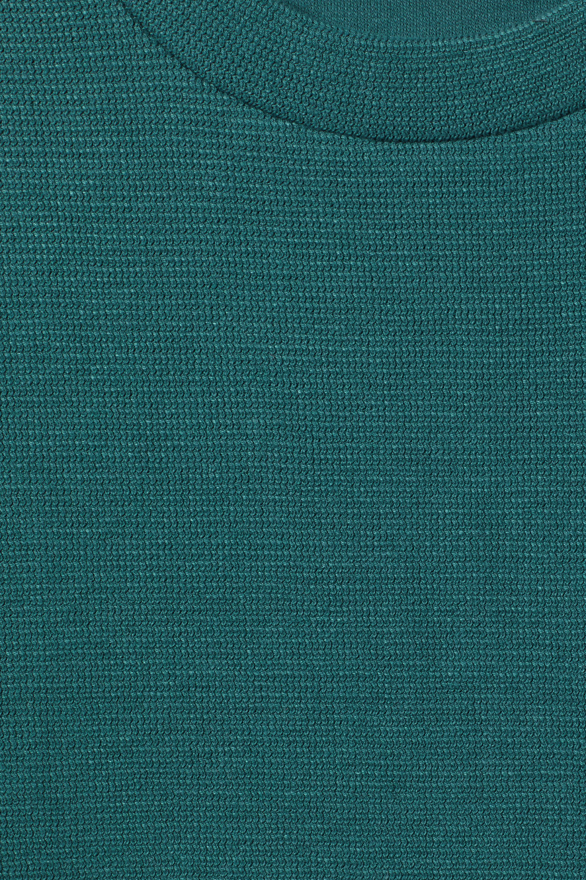 Detailed image of Weekday grand t-shirt in turquoise