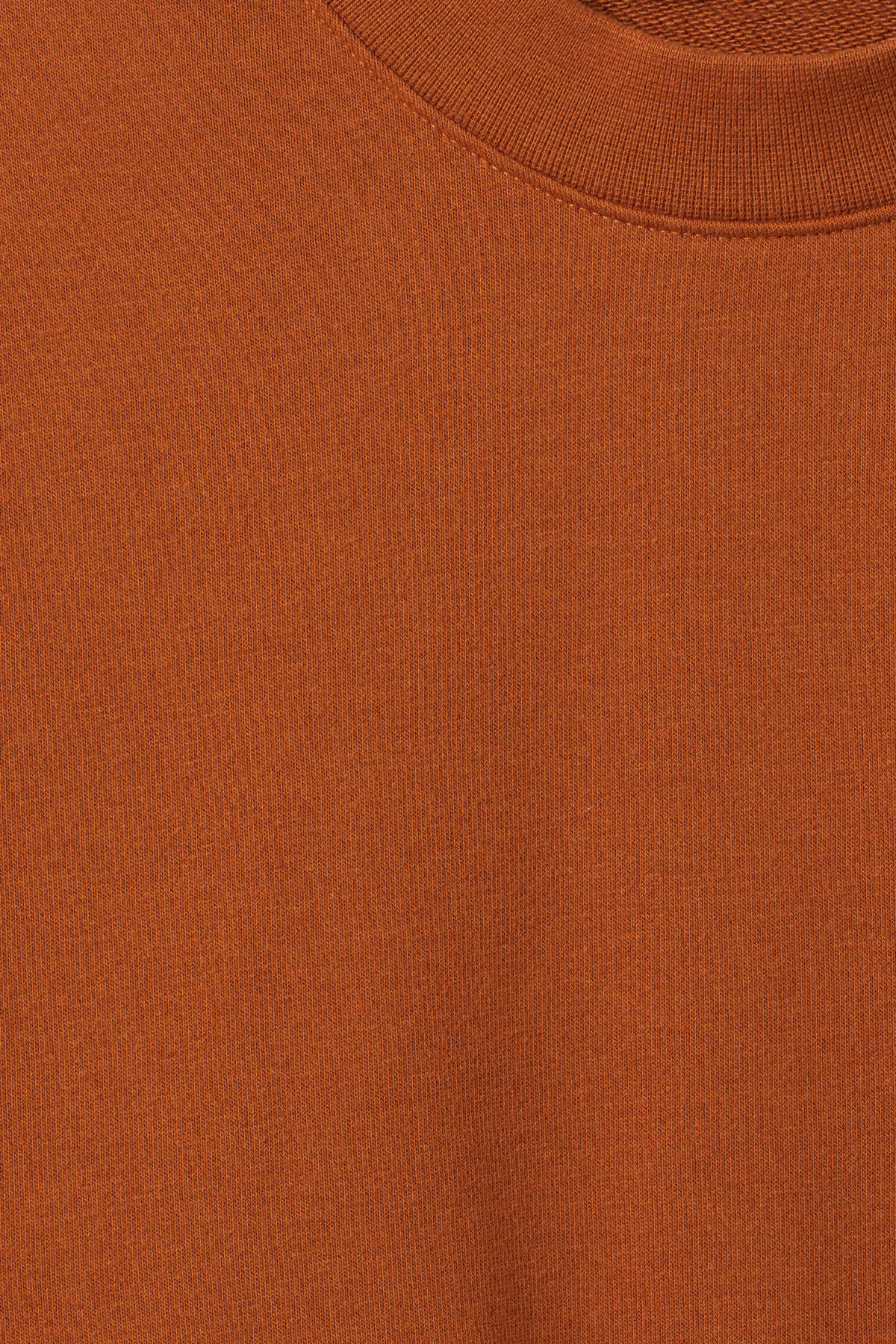 Detailed image of Weekday huge cropped sweatshirt  in orange