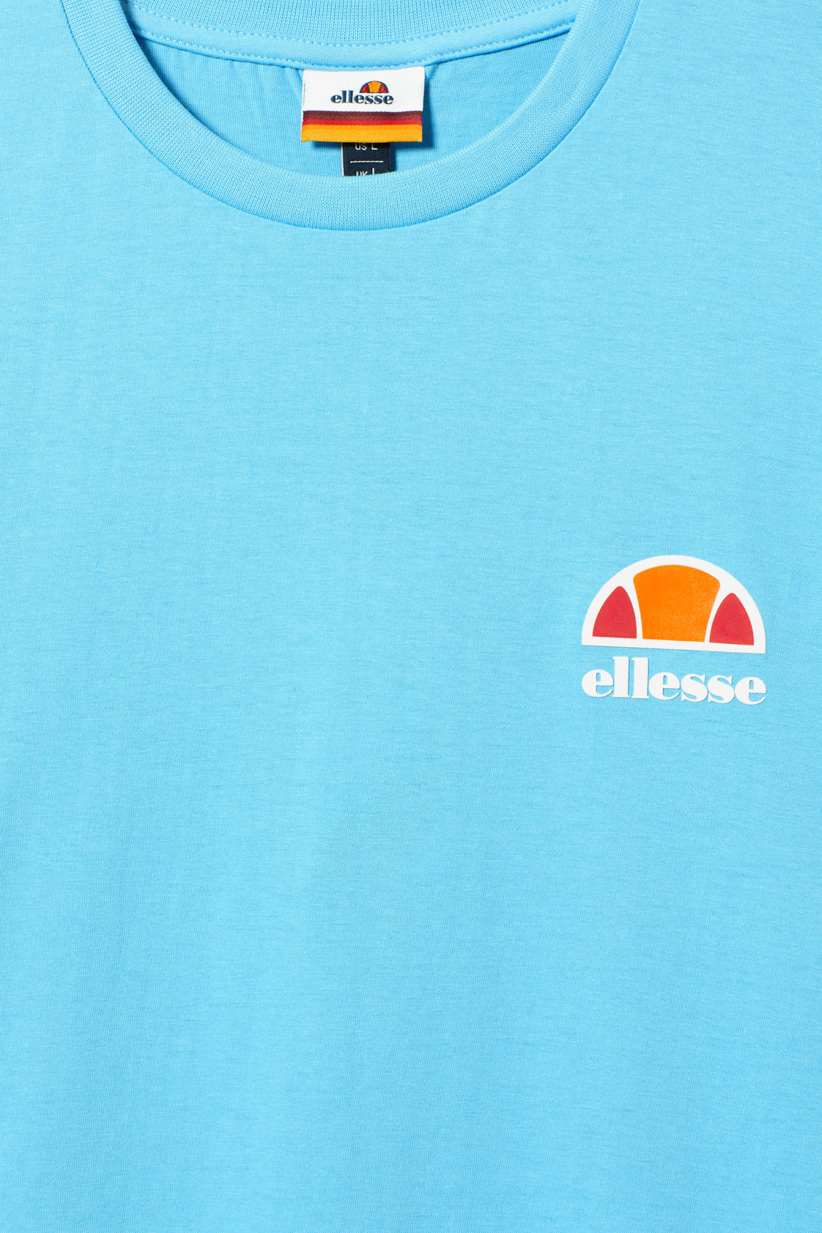 Detailed image of Weekday canaletto t-shirt in blue